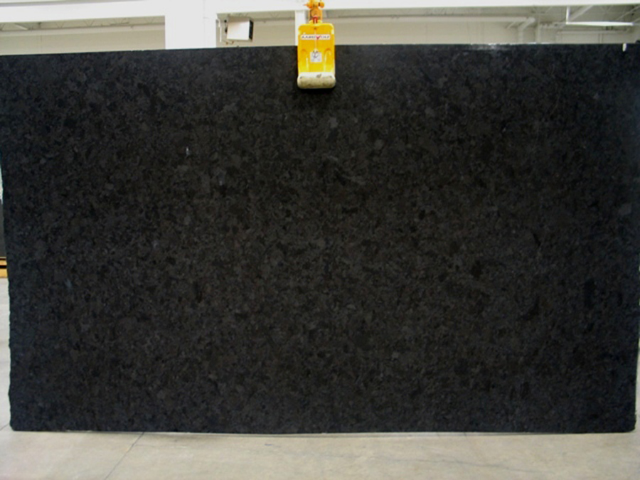 Competitive Brown Antique Granite Slabs for Kitchen Countertops
