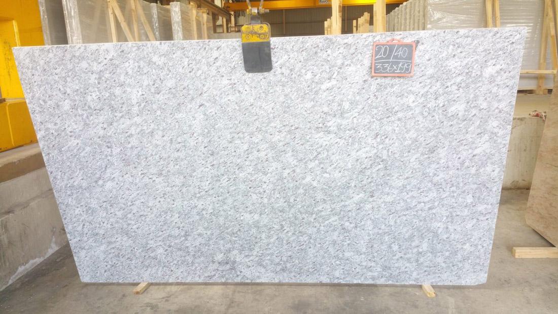 Competitive Moon White Granite Slabs Indian White Stone Slabs