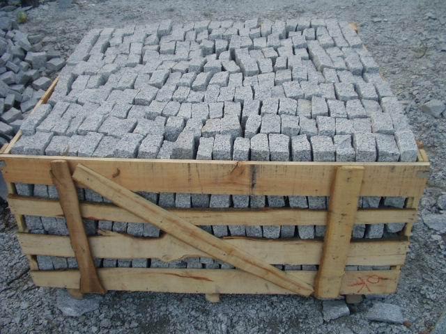 Competitive Natural Granite Cubic Stone White Cubic Stone