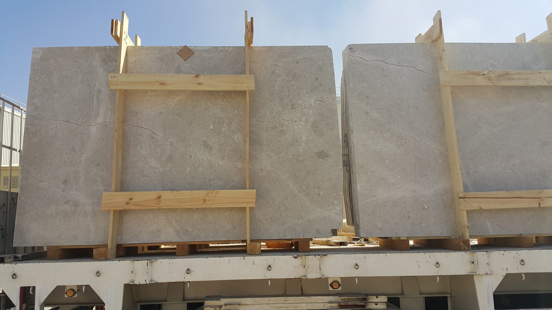 Competitive Omani Beige Marble Slabs