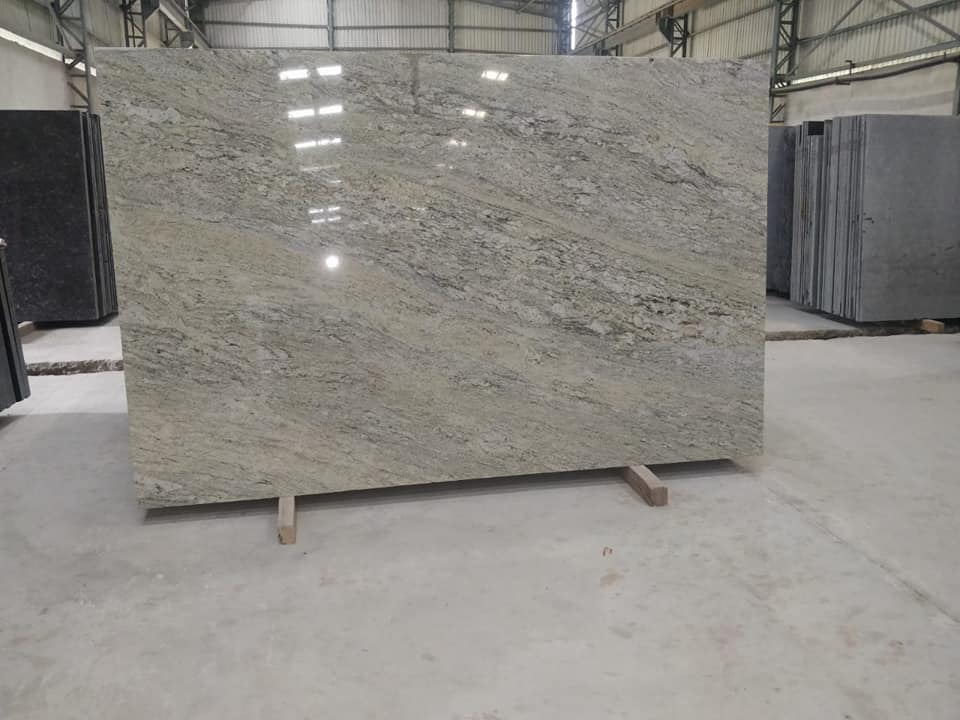 Competitive Surf Green Granite Polished Slabs