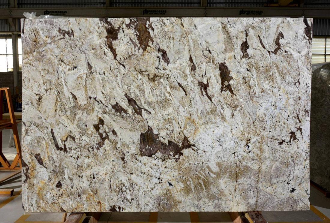 Crazy Horse Granite Slab Beige Polished Granite Slabs