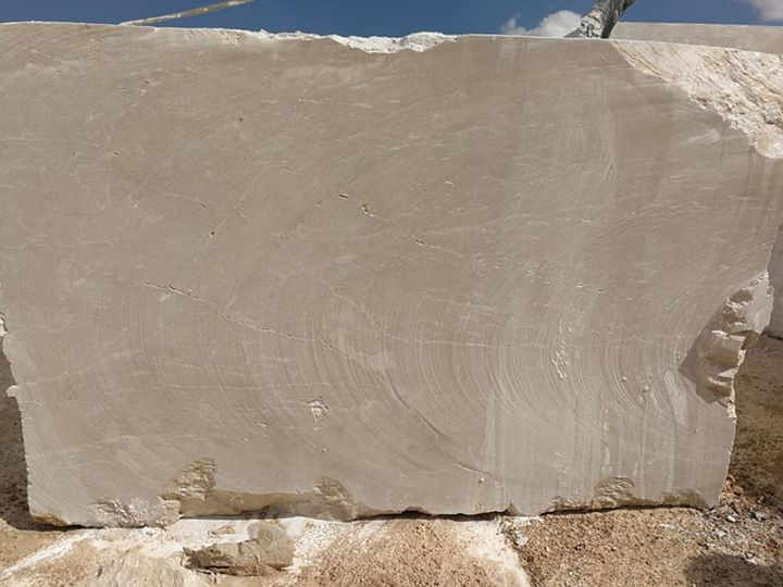 Crema Montana Beige Marble Blocks for Export