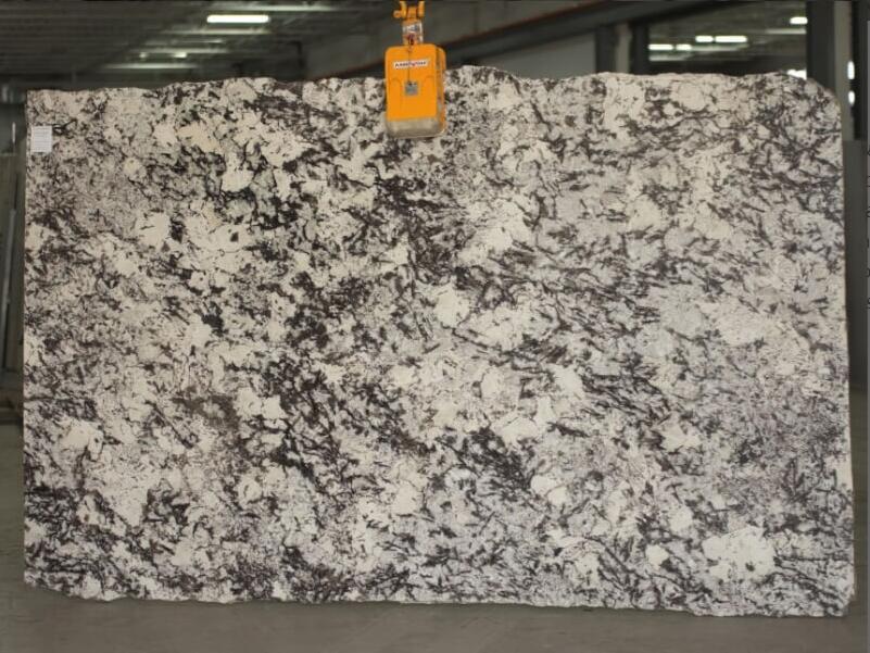 Delicatus Supreme 2cm Granite Slabs for Kitchen Countertops