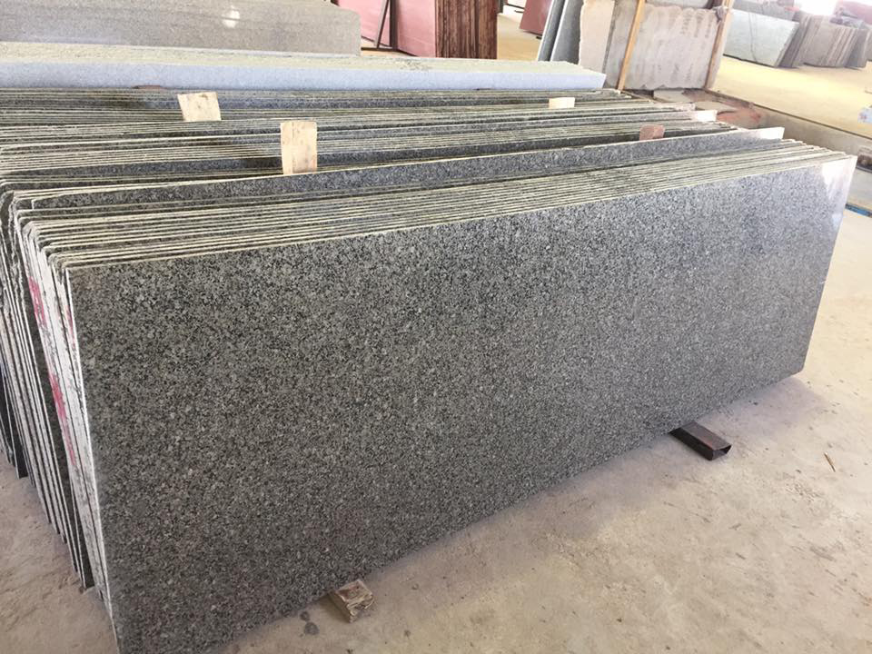 Desert Brown Granite Slabs for Kitchen Countertops