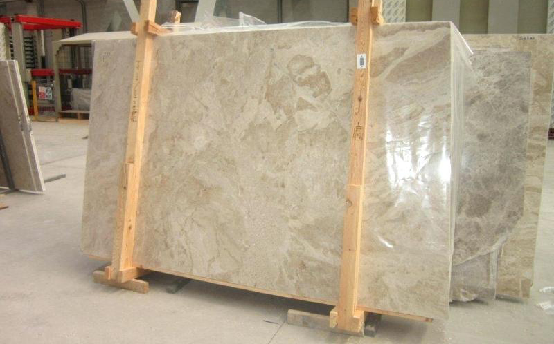 Diana Royal Marble Stone Slabs Beige Polished Marble Slabs for Walls