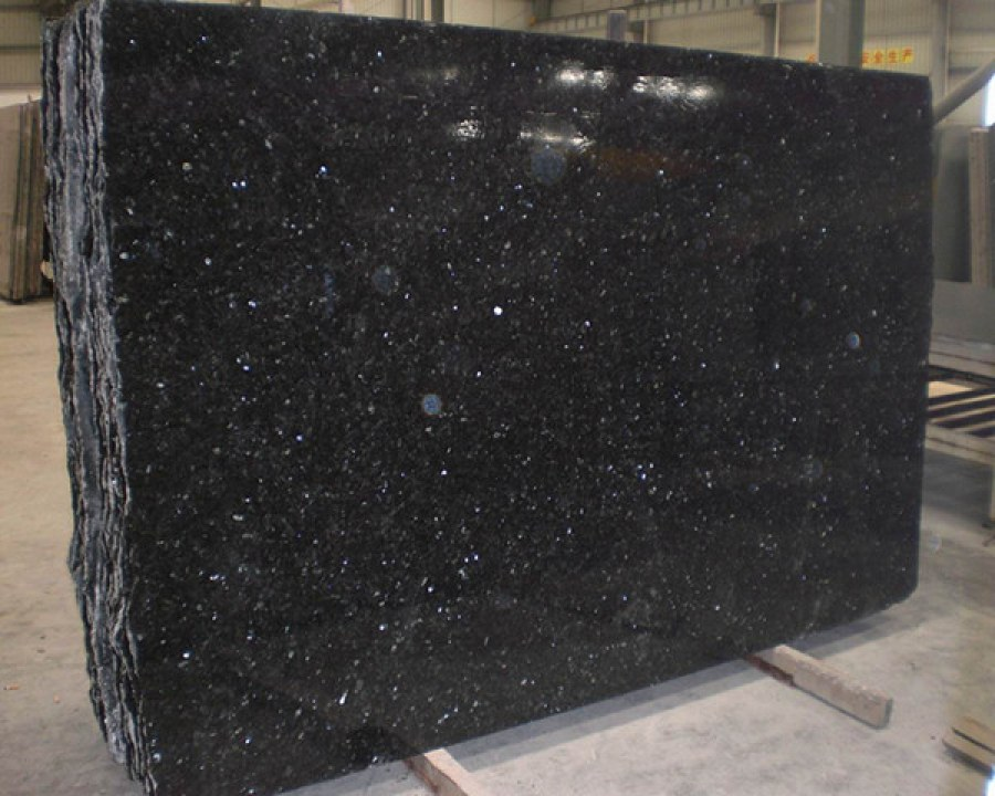 Emerald Pearl Slabs Polished Granite Slabs