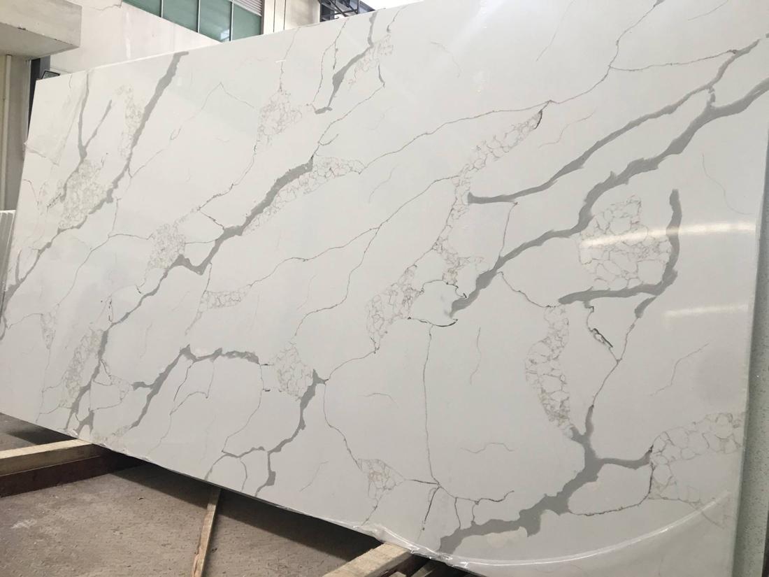 Engineered Quartz Slabs White Slabs for Countertops