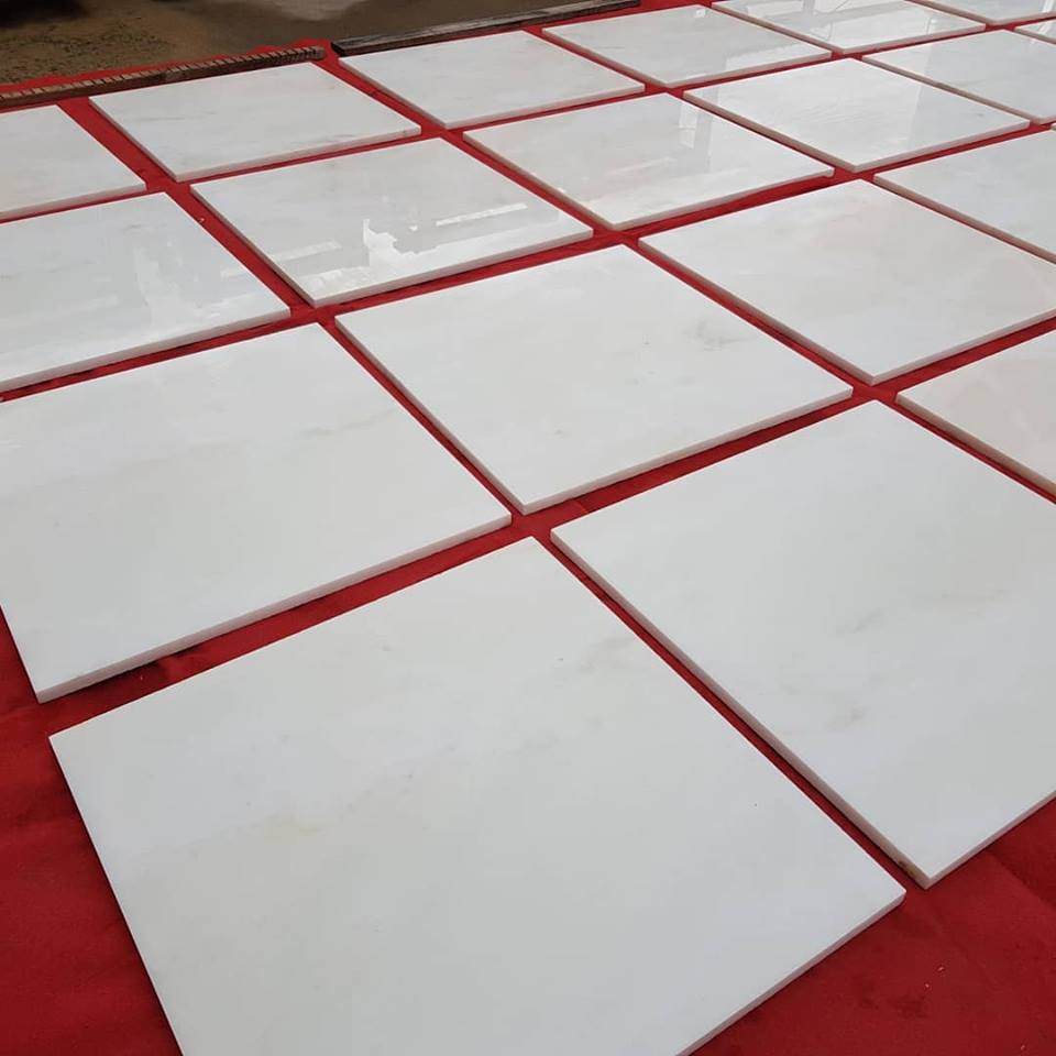 Estremoz White Tiles Polished Marble Tiles with High Quality