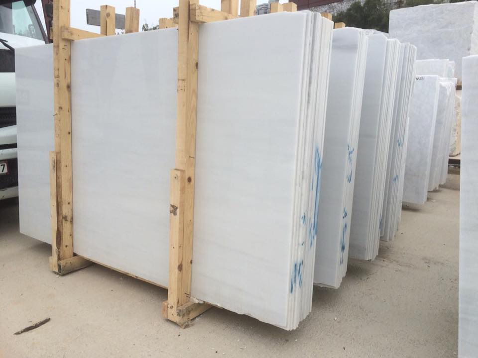 Extra Canaria White Polished Marble Slabs