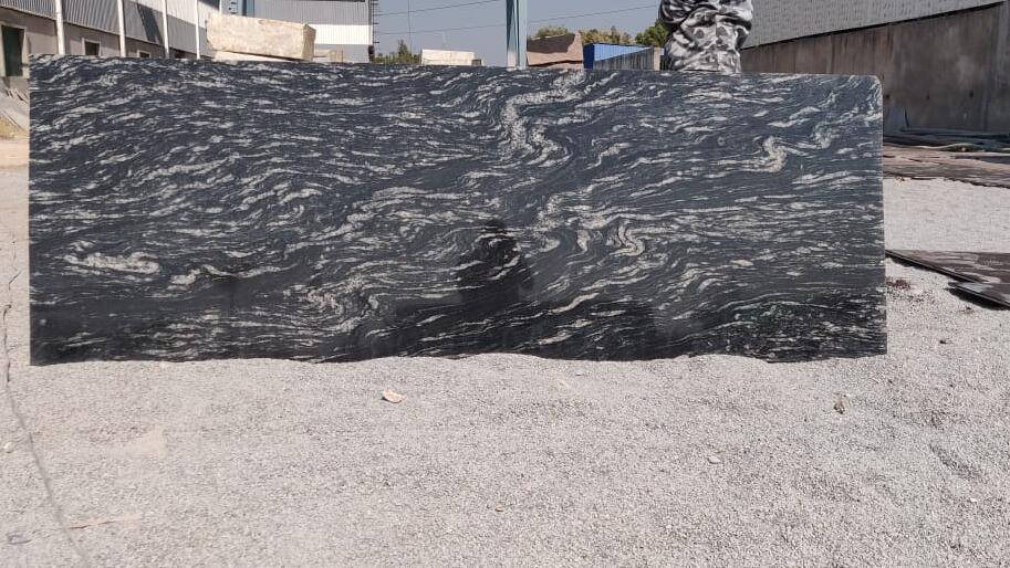 Forest Black Granite Slabs Polished Indian Granite Polished Slabs