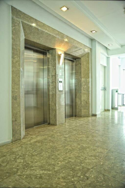Fosilium Beige Limestone Tiles Turkish Polished Limestone Flooring Tiles