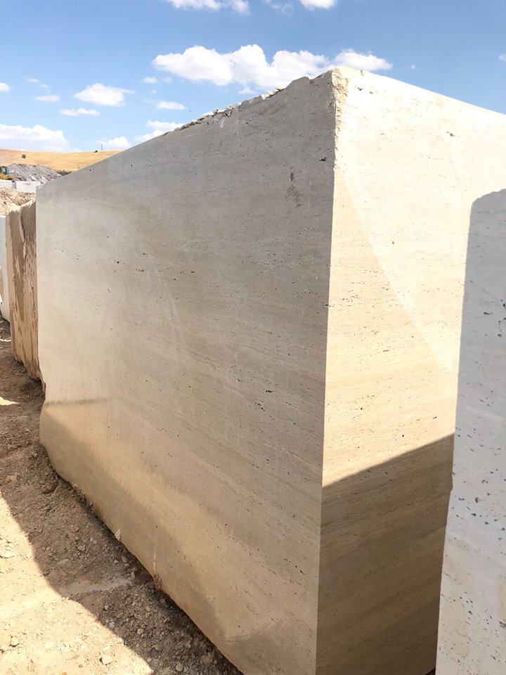 Fresh Travertine Blocks Beige Travertine Blocks with Big Sizes