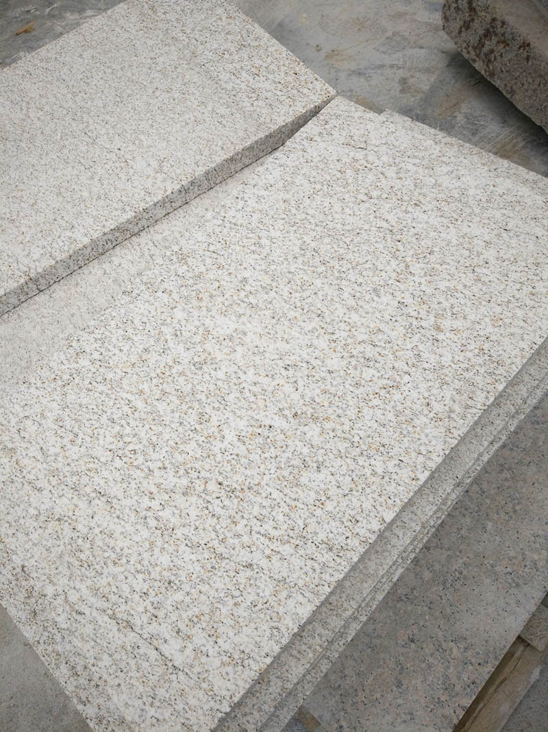 G350 Laizhou Gold Grain Granite Tiles for Flooring