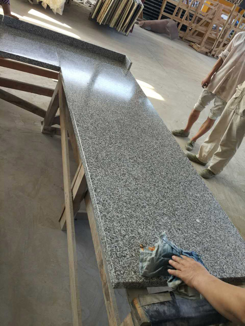 G439 Big White Flower Beta White Granite Custom Countertops