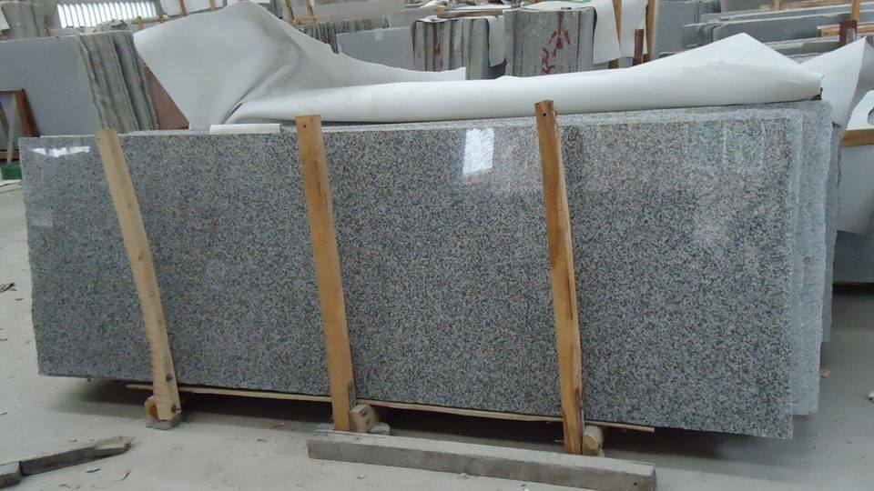 G623 Chinese Polished Grey Granite Slab