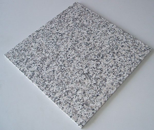 G623 Grey Granite Tiles from China Supplier