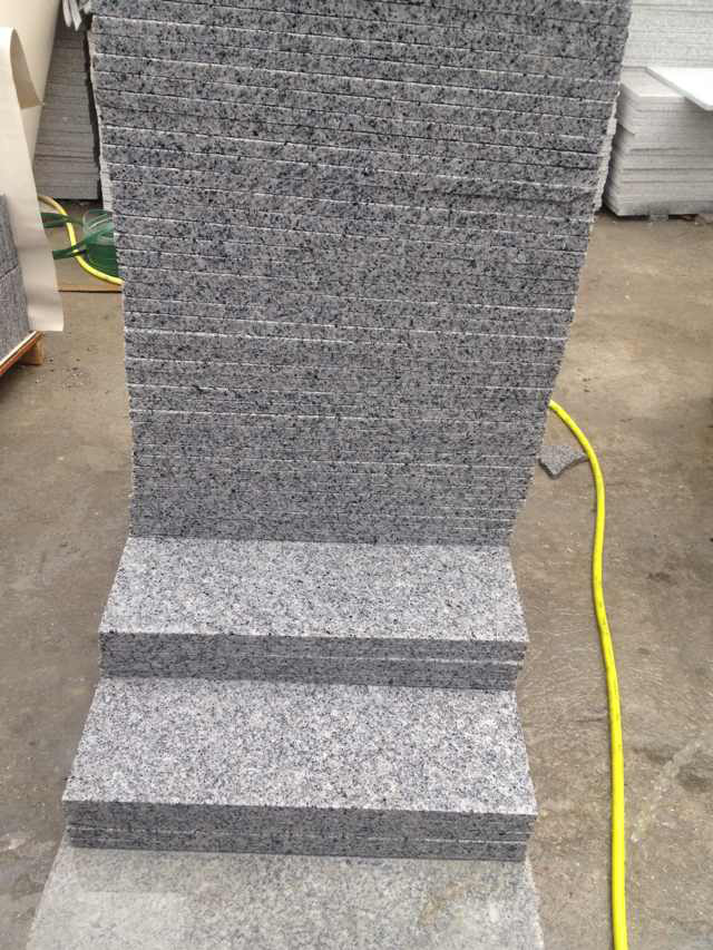G640 Sardinian Flamed Grey White Granite Tiles