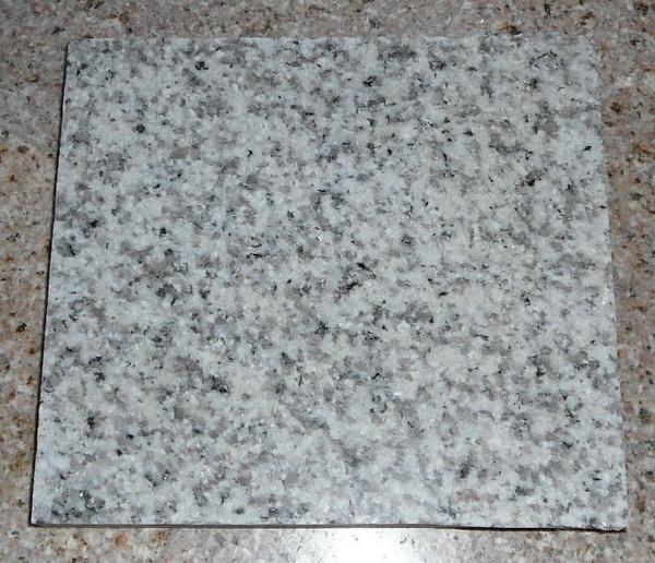 G655 Polished White Granite Tiles for Flooring
