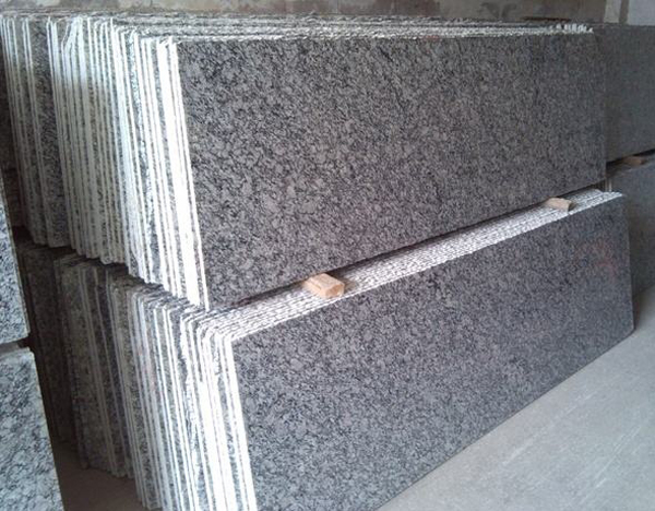 G708 Spray Spindrift Spoondrift White Granite Striple Slabs