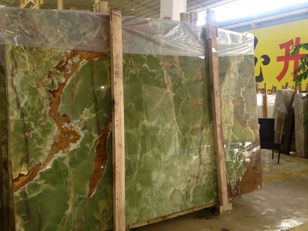 GREEN ONYX Onyx in Slabs Tiles