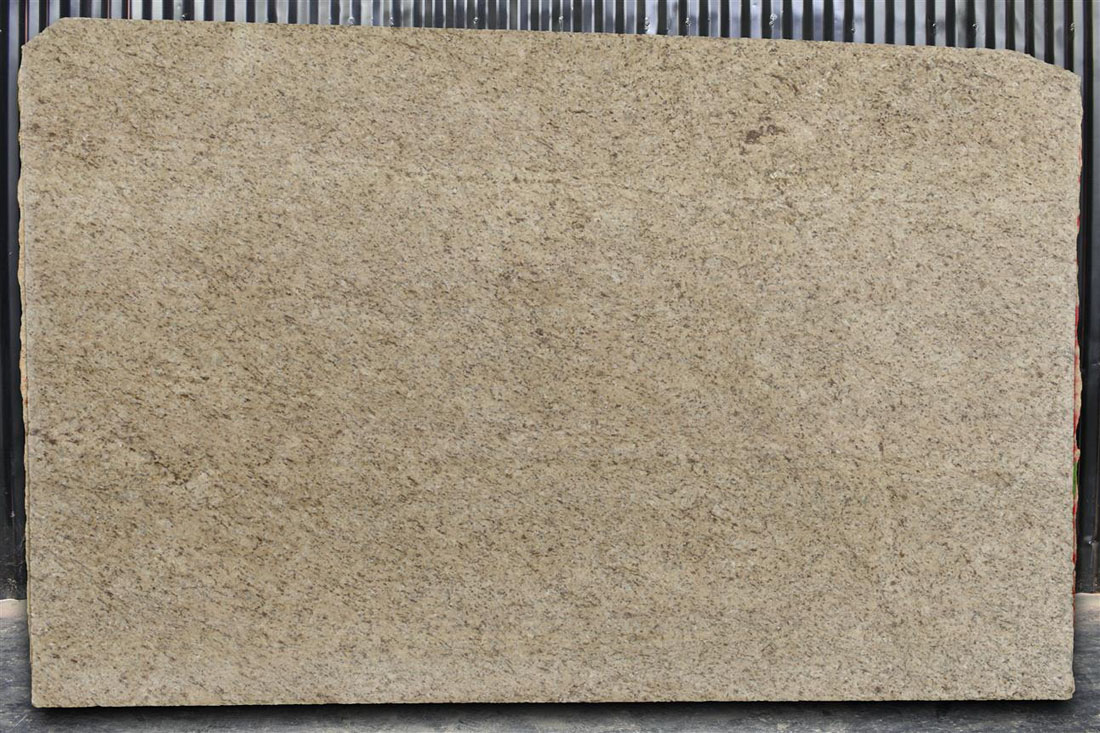 Giall Ornamental Granite Slabs Premium Brazil Yellow Granite Slabs
