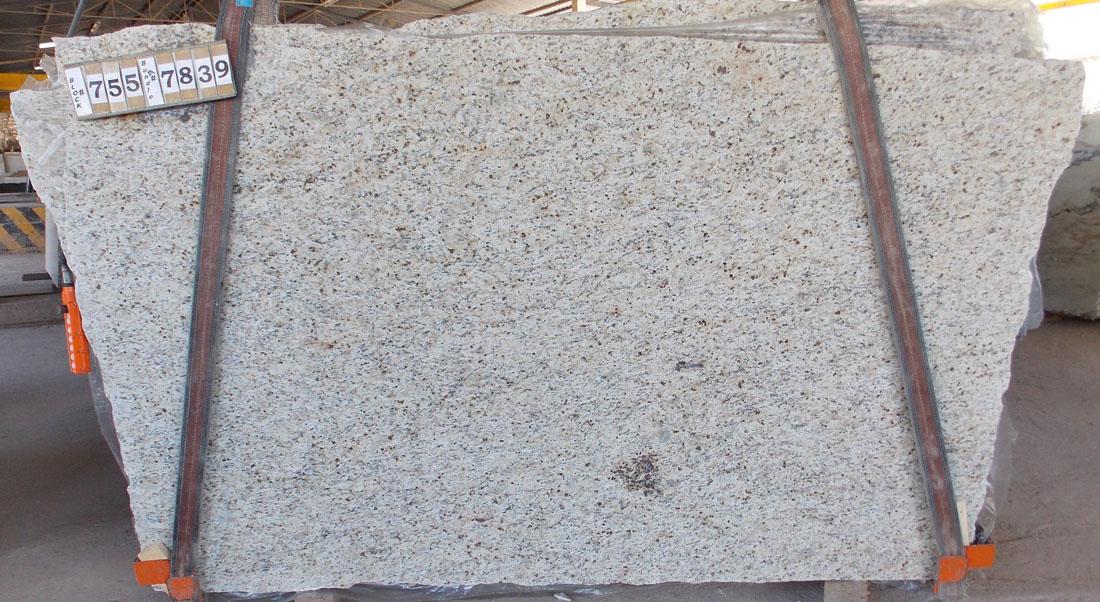 Giallo Ornamental Granite Slabs Beige Granite Stone Slabs