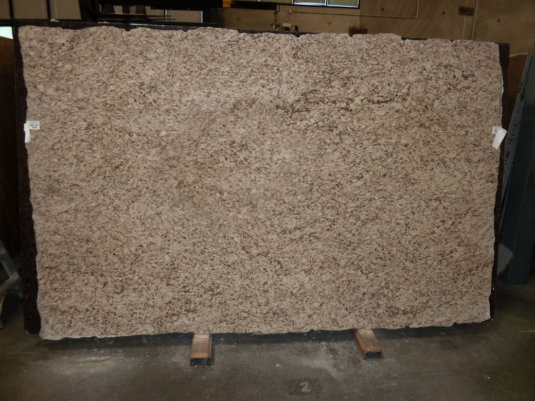 Giallo Santo Beige Granite Slabs for Countertops