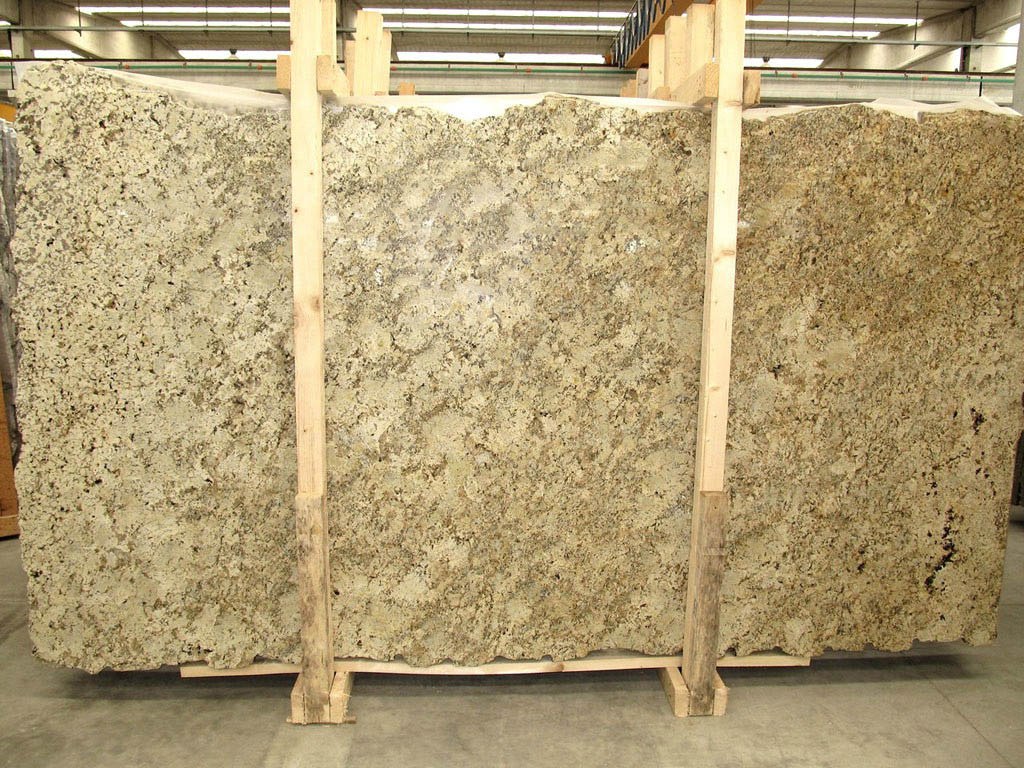 Golden Cream Granite Slabs Yellow Polished Granite Slabs