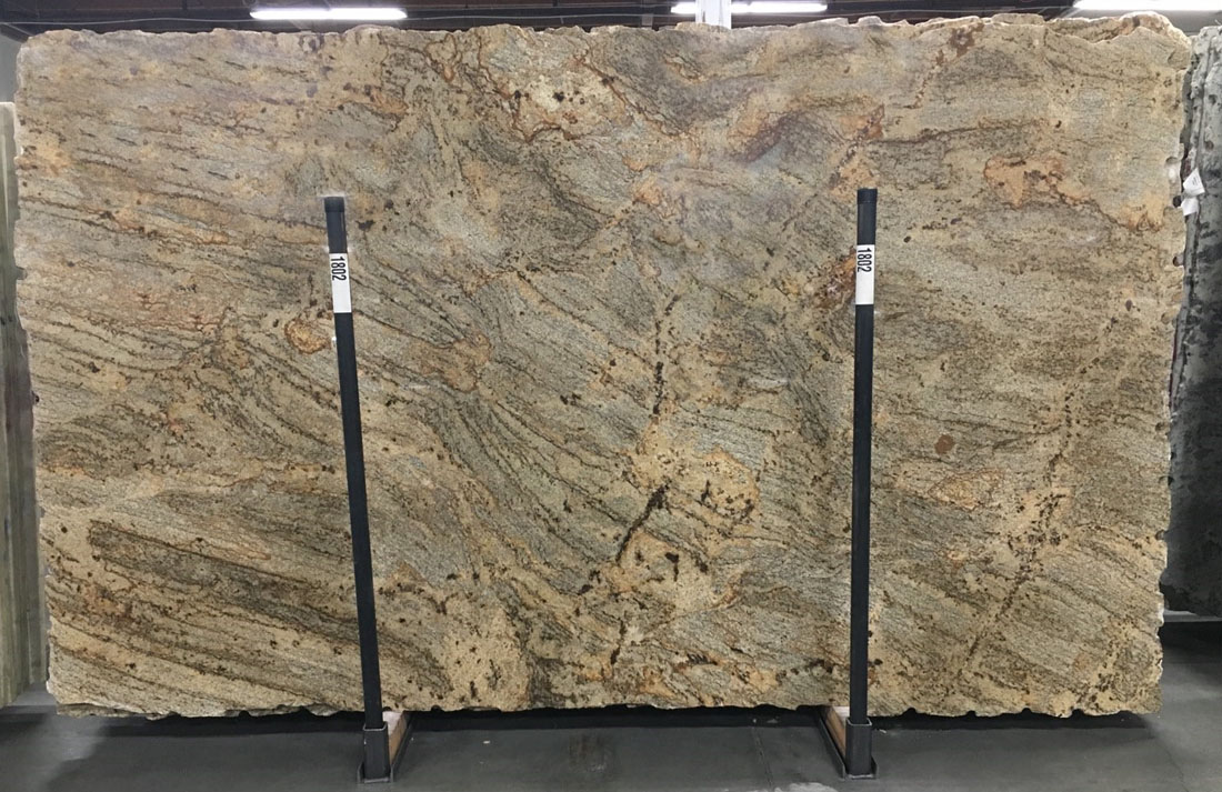 Golden Crystal Granite Slabs Brazil Yellow Granite Slabs