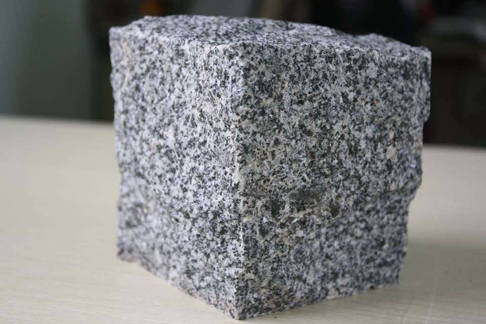 Granite Grey Cubic Stone