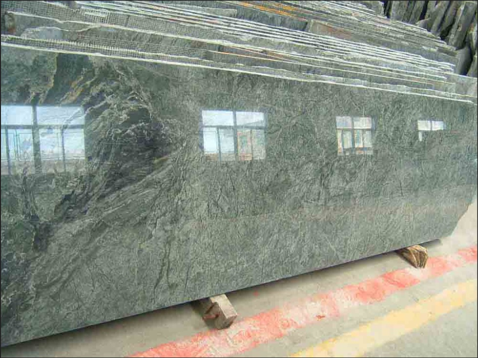 Green Granite Polished Countertops