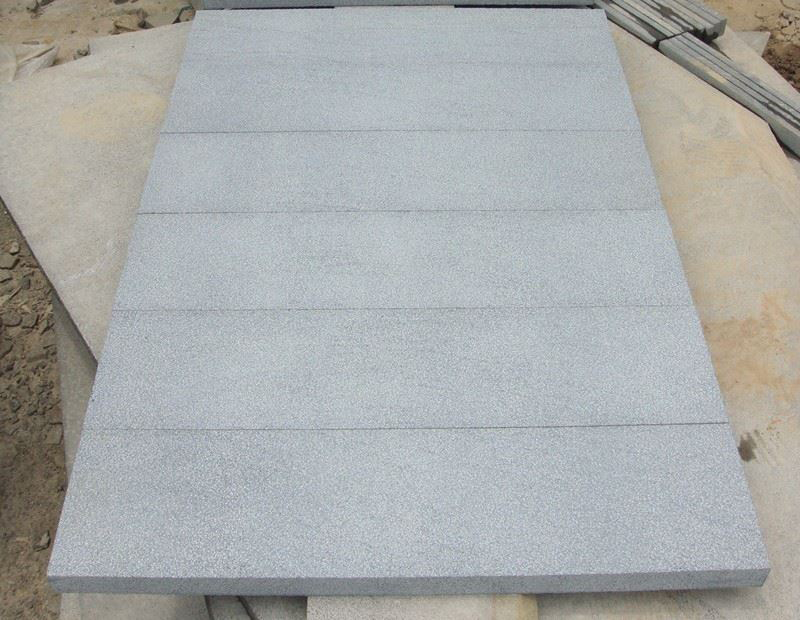 Grey Basalt Bushhammered Tiles for Paving
