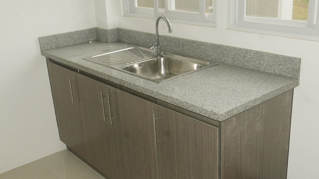 Grey Polished Granite Kitchen Countertops