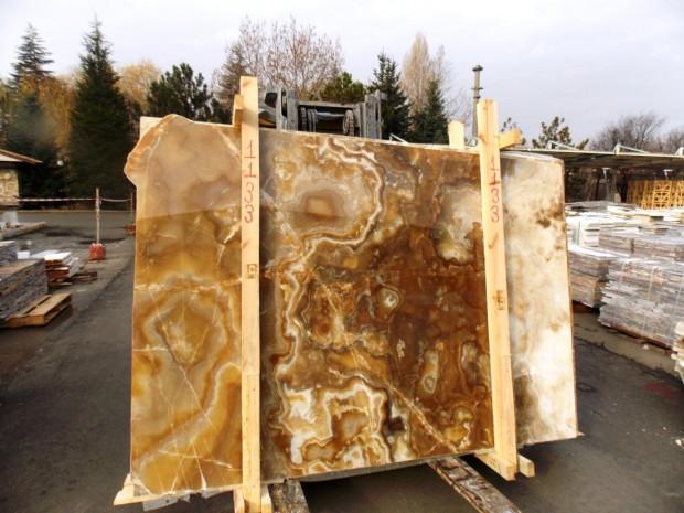 HONEY ONYX Onyx in Blocks Slabs Tiles