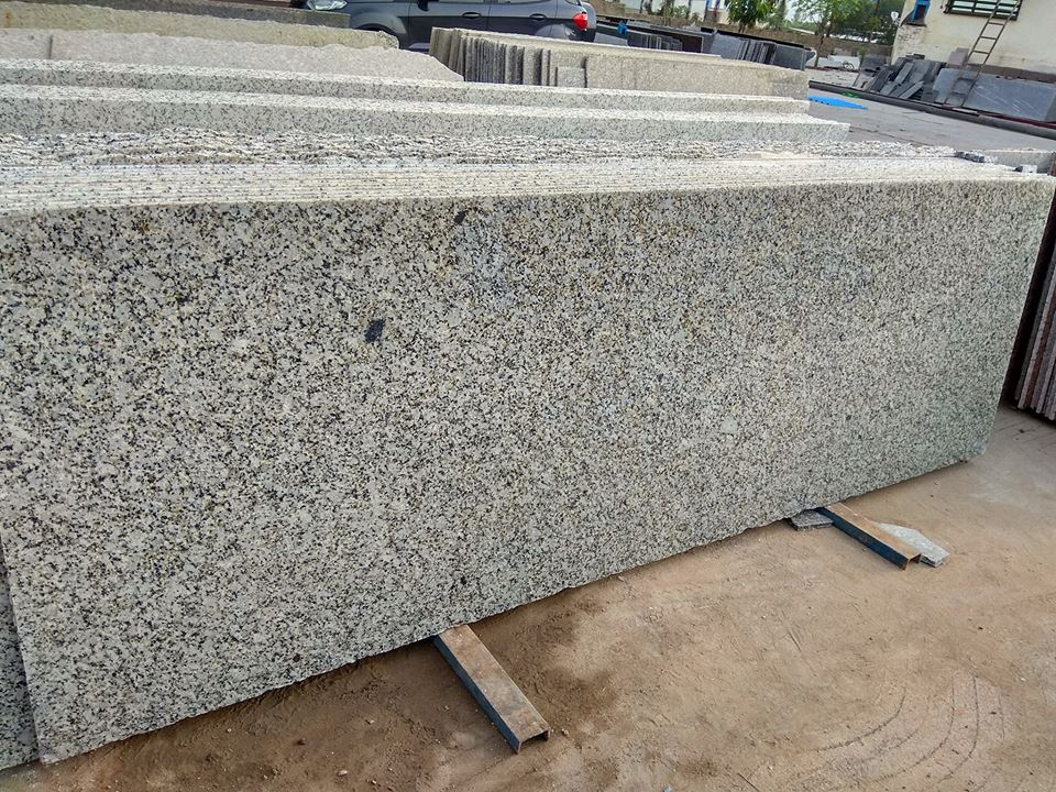 High Quality India Cotton White Granite Slabs