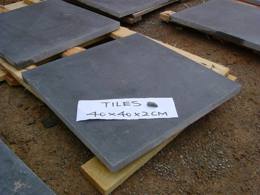Honed Black Chinese Bluestone Limestone Floor Tile