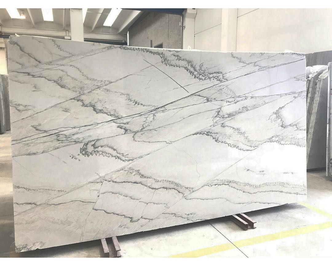 Honed Giotto Quartzite Slabs Brazilian White Quartzite Slabs