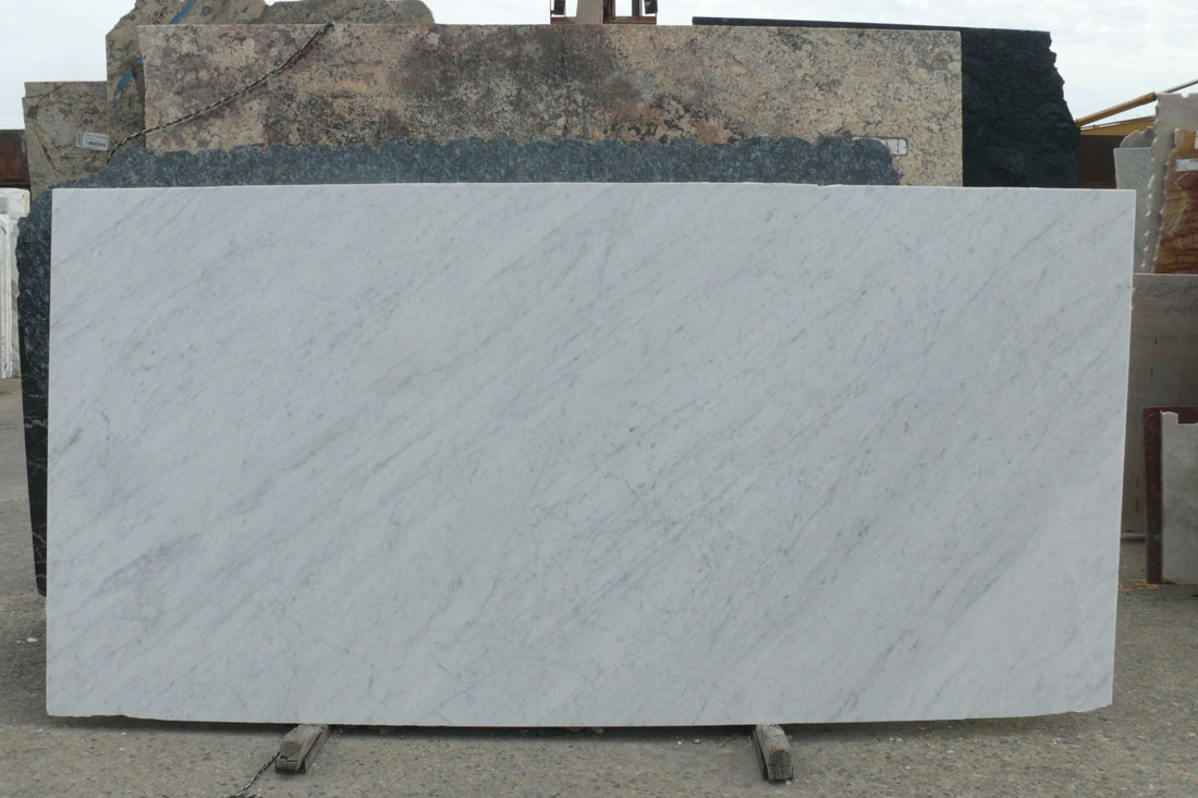 Honed White Carrara Marble Slab fron Italy