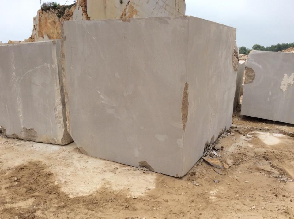 Honey Beige Blocks Natural Marble Stone Blocks