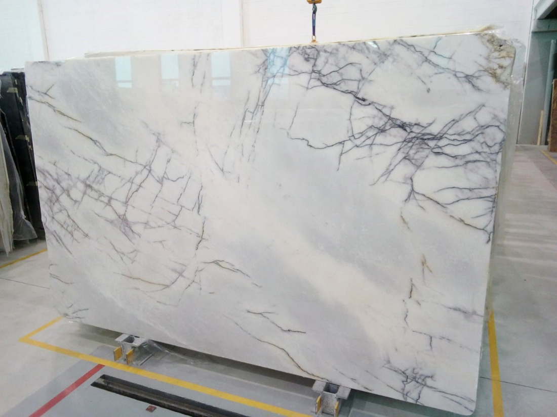 Hot Selling Lilac White Polished Marble Slabs