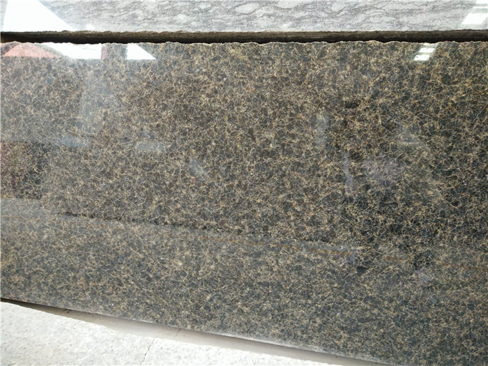 Hot Selling Verde Ubatuba Granite Countertops