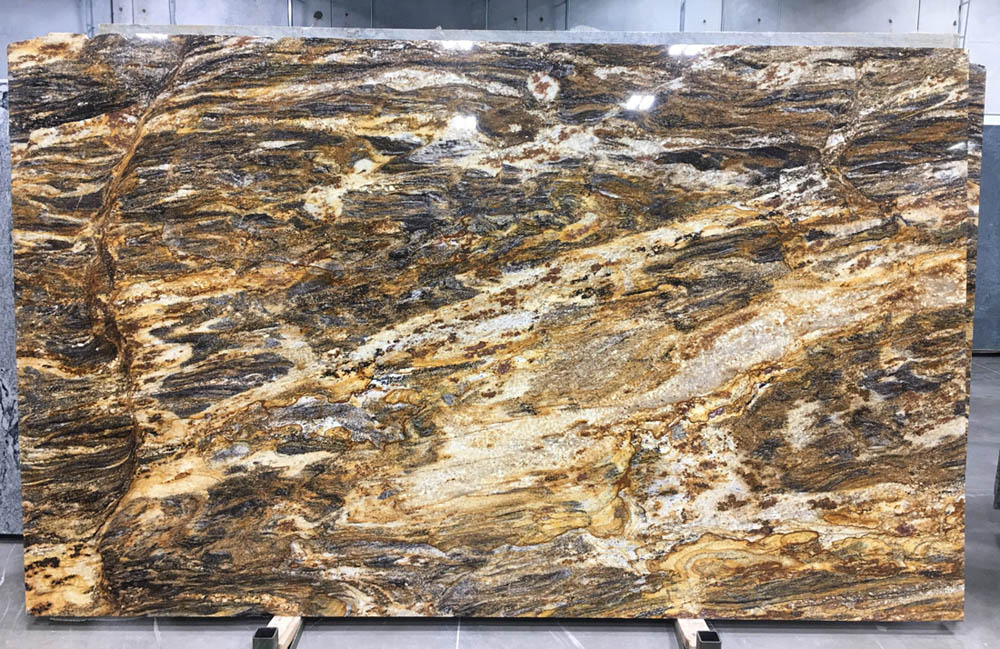Hurricane Gold Granite Slabs Brazilian Polished Granite Slabs