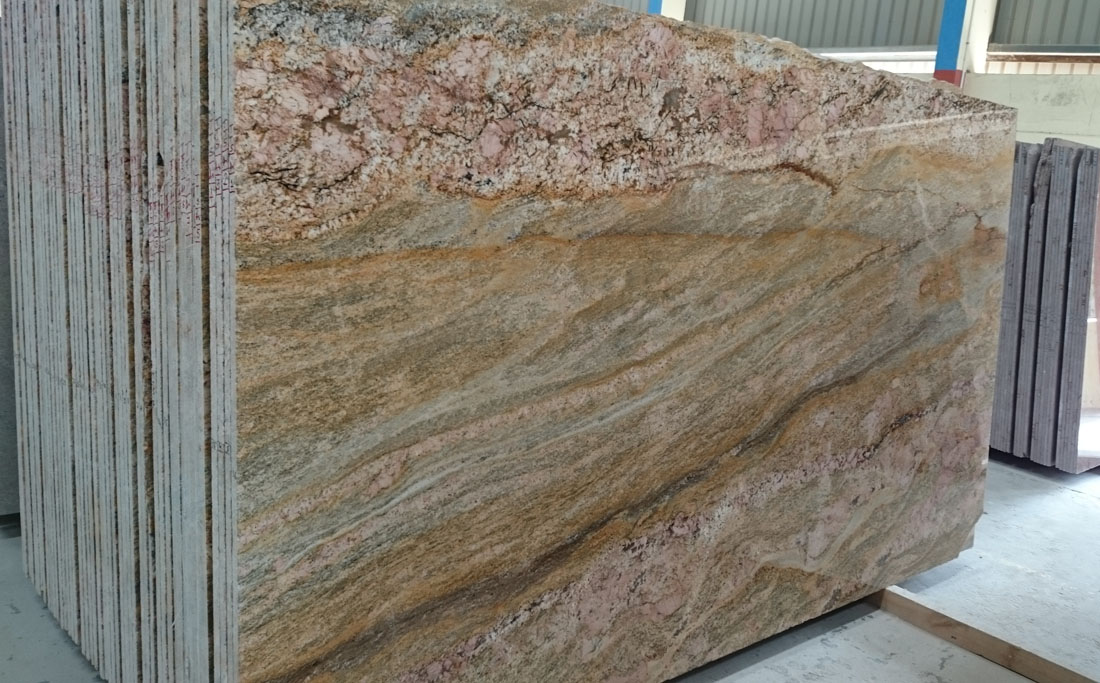 Imperial Gold Stone Slabs Indian Polished Granite Stone Slabs