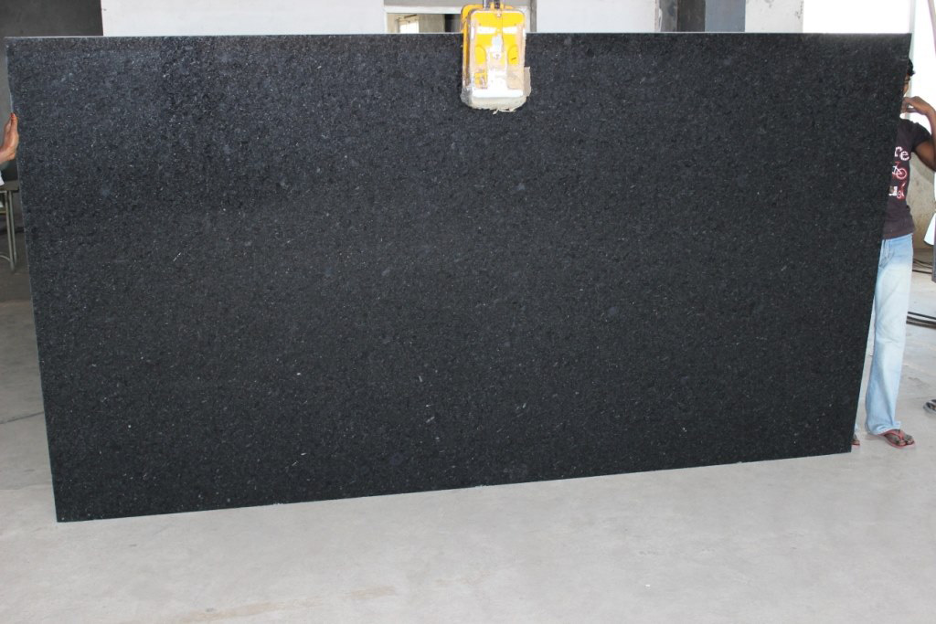 India Black Pearl Polished Big Slabs