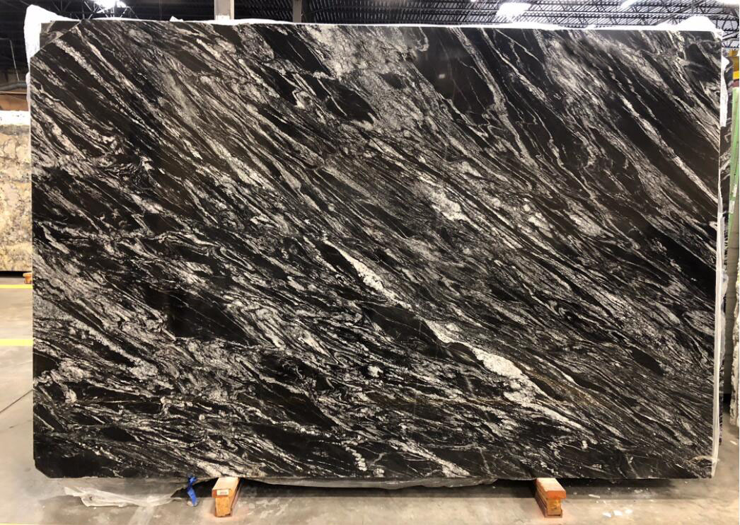 India Silver Wave Granite Slabs Polished Grey Stone Slabs