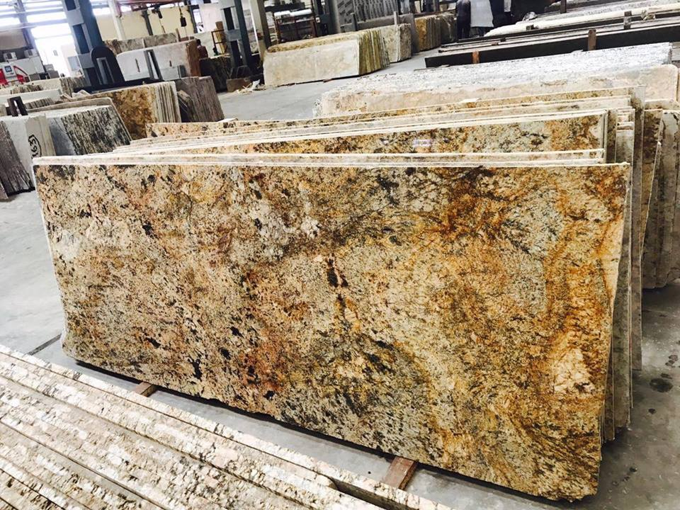 Indian Alaska Yellow Granite Slabs for Kitchen Countertops
