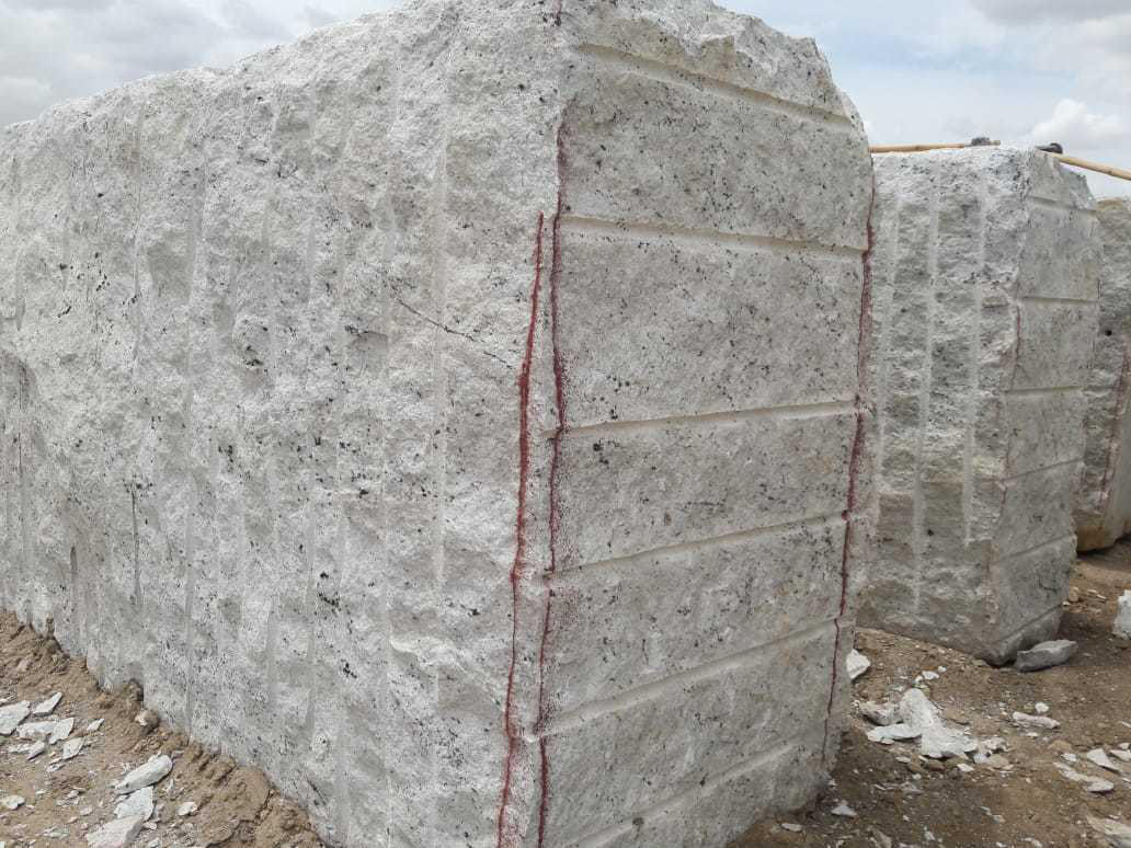 Indian Colonial White Granite Premium Blocks
