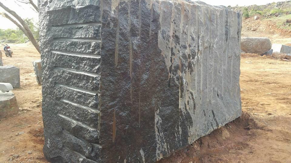 Indian Ultimate Black Granite Blocks