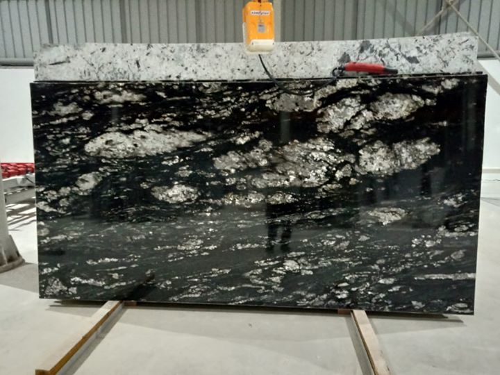 Sesame Granite Picked Slabs